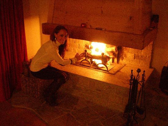 Les Ecrins De Soulane: la chimenea
