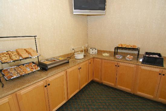 Best Western Plus Wenatchee Downtown Hotel: Breakfast Area
