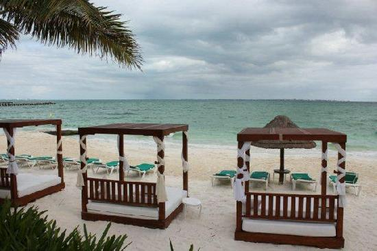 Grand Fiesta Americana Coral Beach Cancun: Private beach