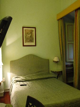 Hotel Cimabue: Double Bedroom