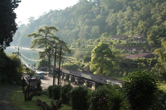 Ashram Home Stay-Hotel: View from neighbouring Lila Graha Bungalows.