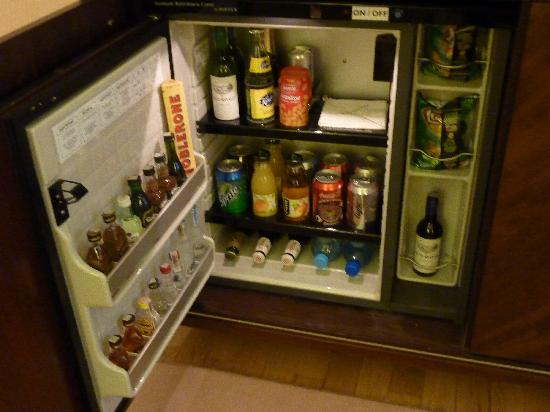 InterContinental Hotel Warsaw: My free Mini Bar