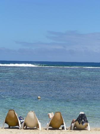 Ha'atafu Beach Resort: Relax and enjoy the surf