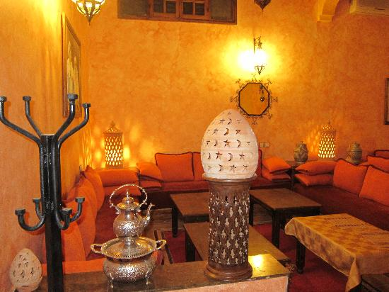 Riad Nezha: The dining room