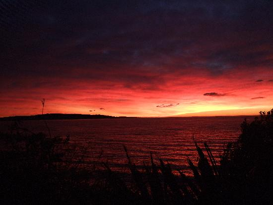 Cardno's Accommodation: Beautiful Winter Sunrise
