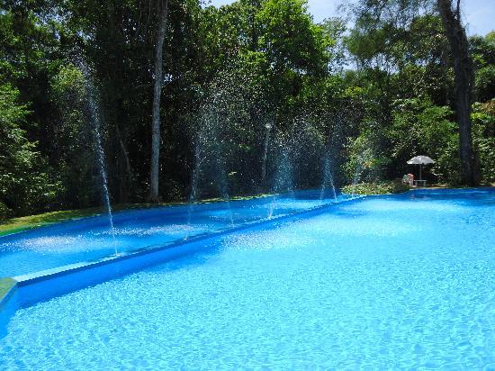 Sol Cataratas Hotel: piscina