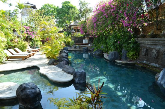 Poppies Bali: The fantastic pool!