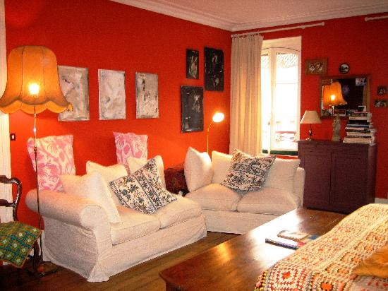 Bed in Versailles villa de la pièce d'eau des suisses : Bedroom