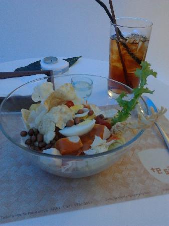 Rujak Pengantin Salad Picture Of Tesate Restaurant Plaza