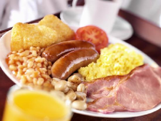 Mount Edgcombe: Enjoy a full English Breakfast