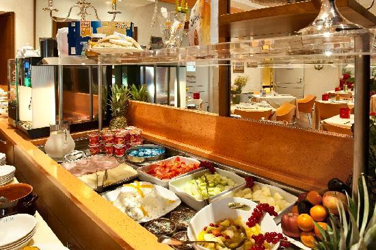 Hotel cervo milan milano prezzi 2017 e recensioni for Hotel marconi milano