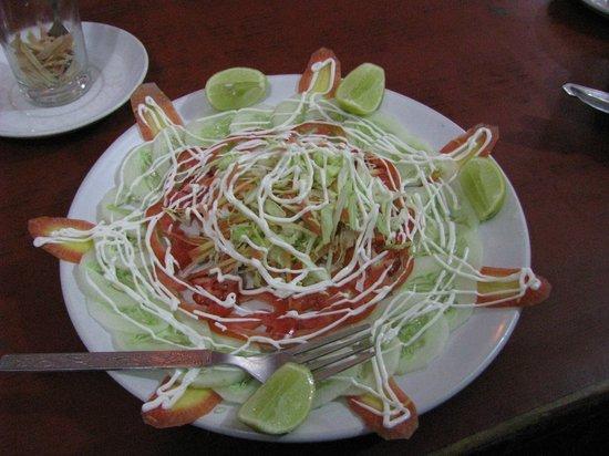 Peace Cafe: Salad