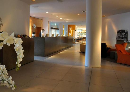 Wyndham Berlin Excelsior: Lobby