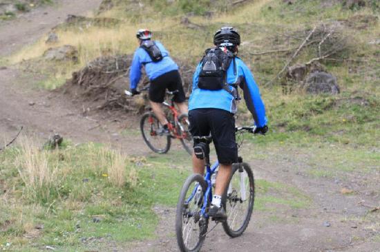 SIERRALOMA Refugio de Montana: mountain biking @sierraloma