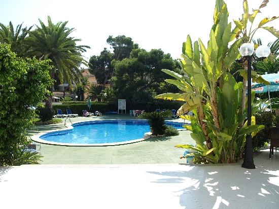 Aparthotel Maracaibo: Poolen