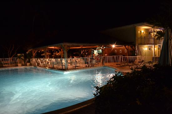 Hotel Le Recif: Une des piscines...
