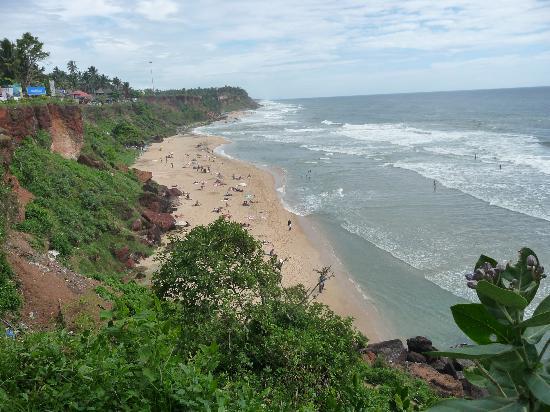 Signature Residence: вид со скалы на пляж