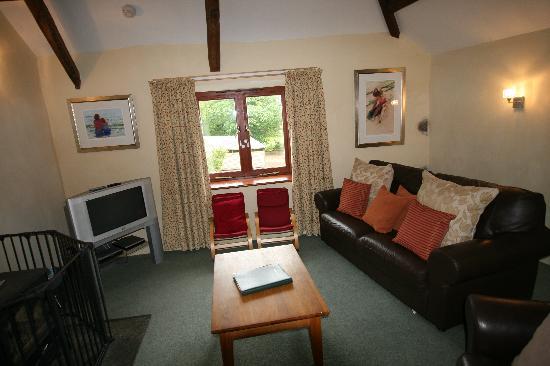 Higher Lank Farm: lounge at bo peep cottage