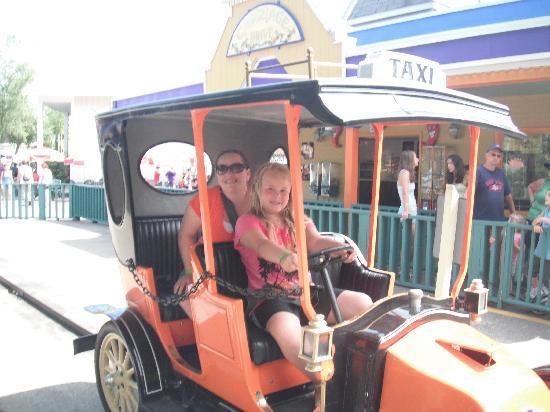 Funtown Splashtown USA: antique cars... her first driving lesson