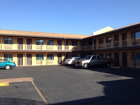 Americas Best Value Inn - Downtown Phoenix: outlook