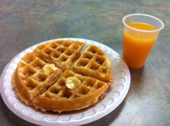 Days Inn - Lenox MA: Breakfast--- Waffles & Orange Juice