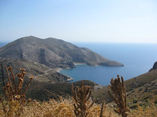 Akroteri Domatia : hidden in a beautiful bay