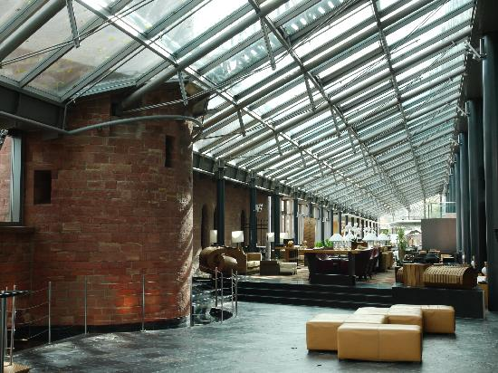 Hyatt Regency Mainz: Hotel lobby