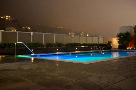 Andaz West Hollywood: Rooftop pool at night