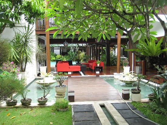 Villa Casis: entrée et salon