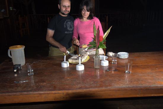 Bataburo Lodge : Our 1st anniversary cake