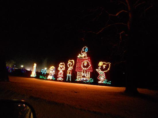 oglebay park penuts cartoon characters - Oglebay Park Christmas Lights