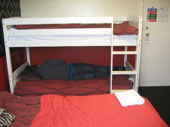 Scarborough Travel and Holiday Lodge : BUNKBED FAMILY  ROOM 22