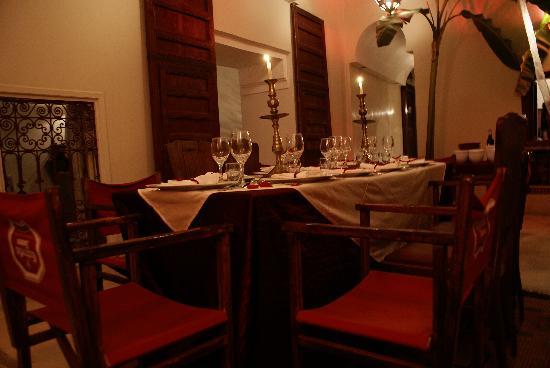 Riad La Cigale: cena tipica marocchina