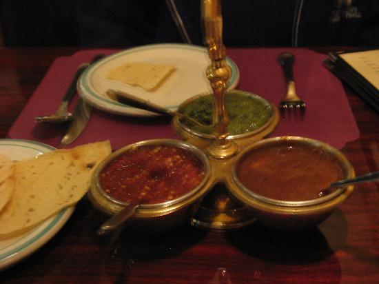 India Palace : Papadum