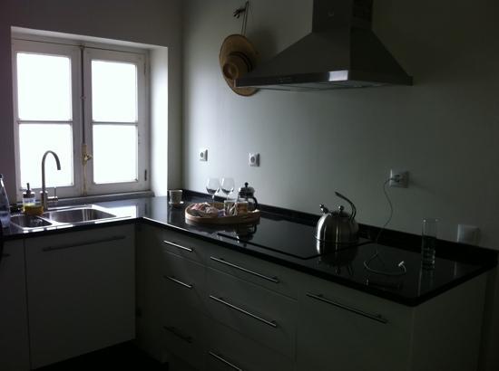 Albergaria do Calvario: la cocina del apartamento