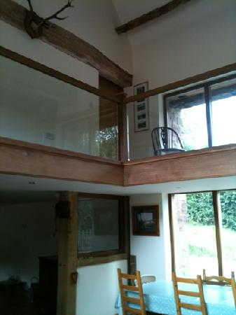 Stowfield Barn : Lovely high ceilings