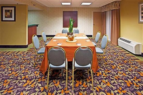 Holiday Inn Express Clearwater East - ICOT Center: Alliance Meeting Room