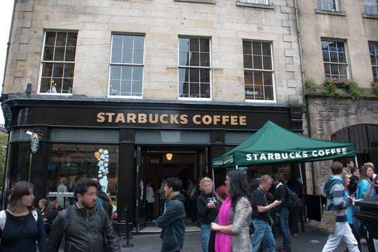 ‪Starbucks Royal Mile‬