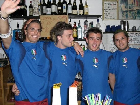 Blue Marlin Cafe: Handsome Bartenders
