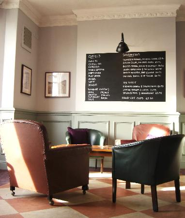Lytham St Anne's, UK: Relax in the coffee lounge