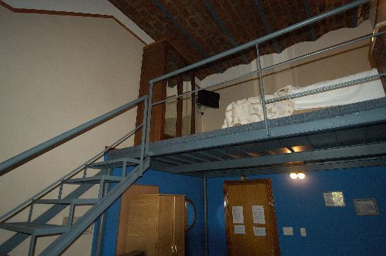 Hotel Dos Congresos: Sleeping Loft