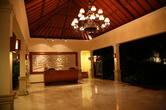 Parigata Spa Villas: Lobby parigata spa