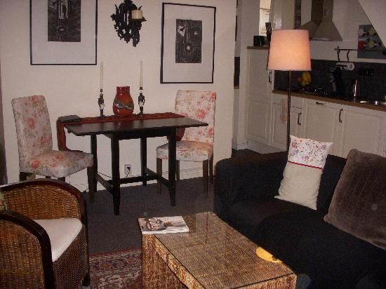 Boogaard's Bed and Breakfast: Common area