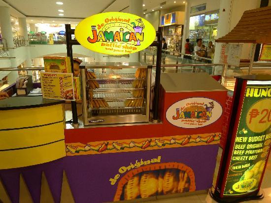 DE ORIGINAL JAMAICAN PATTIE SHOP, Makati - Updated 2019