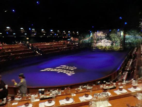 Amphitheatre Seating Picture Of Dixie Stampede Dinner