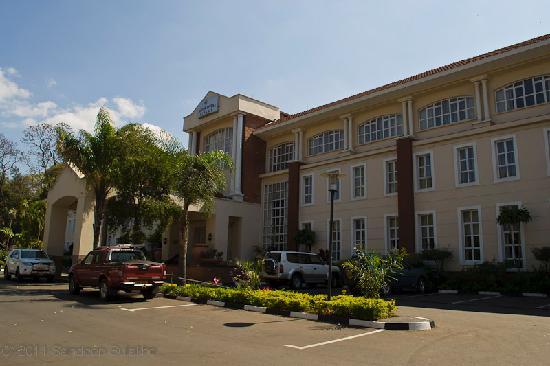 Protea Hotel Blantyre Ryalls : Hotel Building