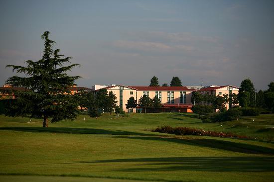 Hotel le robinie solbiate olona italia prezzi 2018 e - Piscina solbiate olona ...