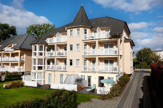 Rujana Ferienwohnungen: Villa Seerose im Zentrum von Binz