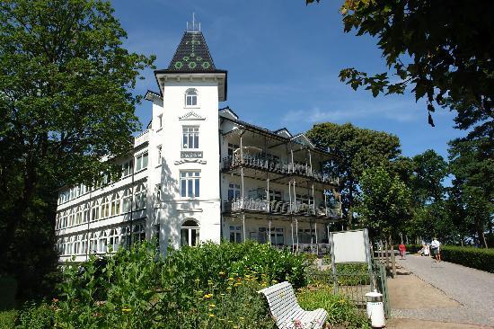 Rujana Ferienwohnungen: Villa Stranddistel in erster Reihe am Strand