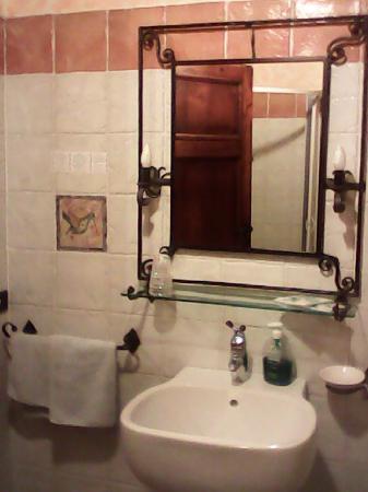 Corte Dei Folletti: Il bagno - 2